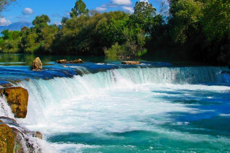 آبشار و رودخانه ماناوگات (Manavgat)